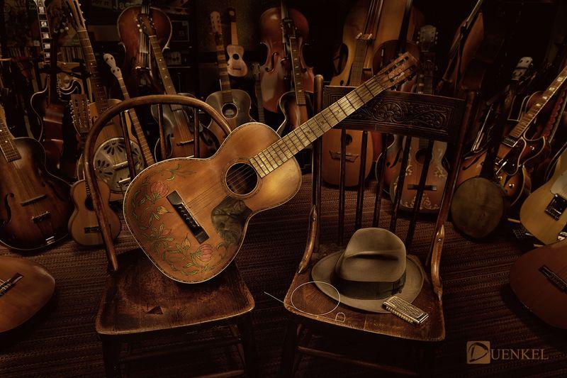 Luft Guitars1b